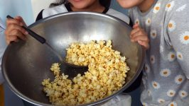 How To Make Popcorn In A Pot- 6 Simple Tips And Tricks